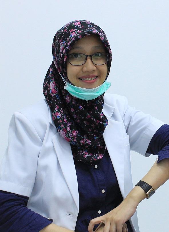 Dokter gigi Shabrina Arini Dental Care Karawang